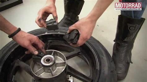 Motorrad Reifenwechsel by Motorrad Werkstatt Reifenwechsel Tutorial Teil 2 Youtube