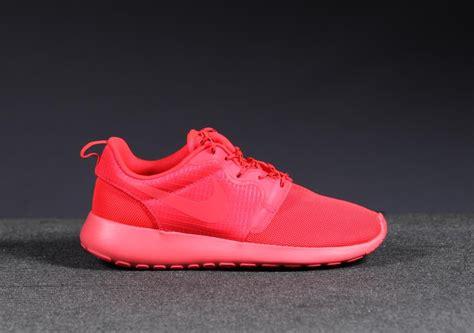 Nike Rosherun 14 nike wmns rosherun hyp quot october quot sneakers addict