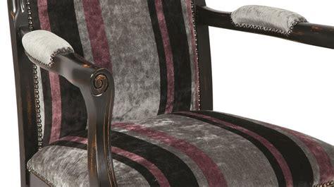 fauteuil voltaire pas cher fauteuil voltaire velours 224 rayures fauteuil de salon pas cher