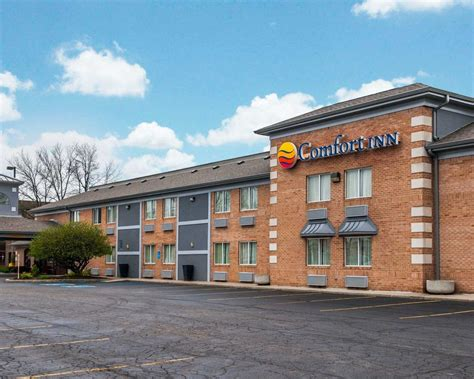 comfort inn downtown indianapolis comfort inn in indianapolis in 46227 chamberofcommerce com