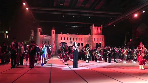 edinburgh tattoo you raise me up you raise me up finale tattoo sankt gallen 2013 youtube