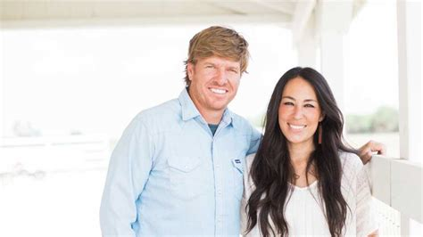 where do chip and joanna gaines live where do chip and joanna live chip and joanna gaines are