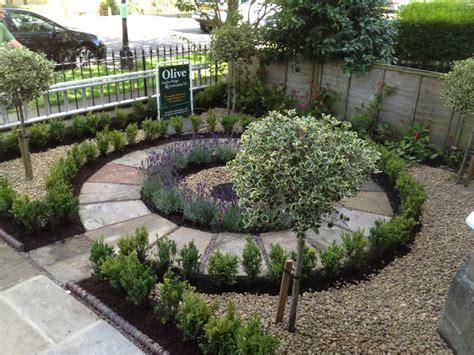 Front Path & Victorian Town house Garden   Olive Garden