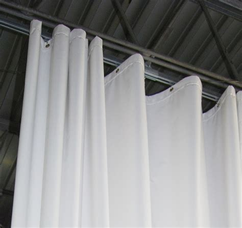 tips for ordering industrial curtains cleanroom enclosures