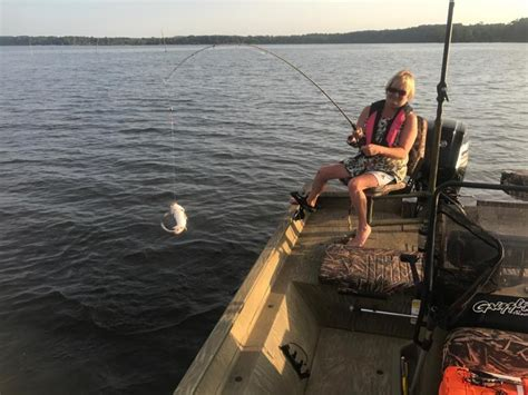 fishing pontoon or bass boat pontoon or bass boat crappie fishing texas fishing forum