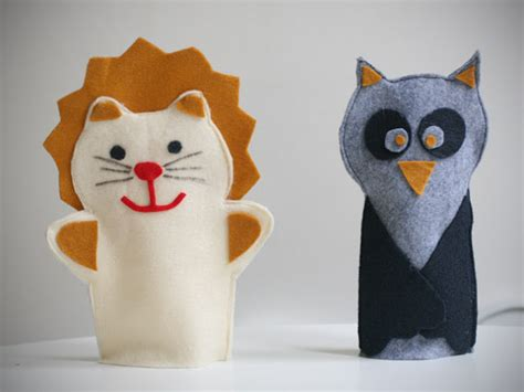 new year puppet diy felt puppets new years garlands say yes