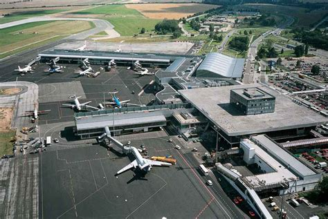 prague airport prague airport wroclaw airport transfer to and from