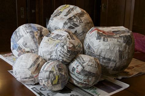 Make Paper Mache - solar system model pics about space