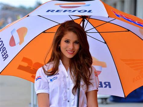 wallpaper umbrella girl motogp 2015 motogp umbrella girls 2013 pinterest sports girls