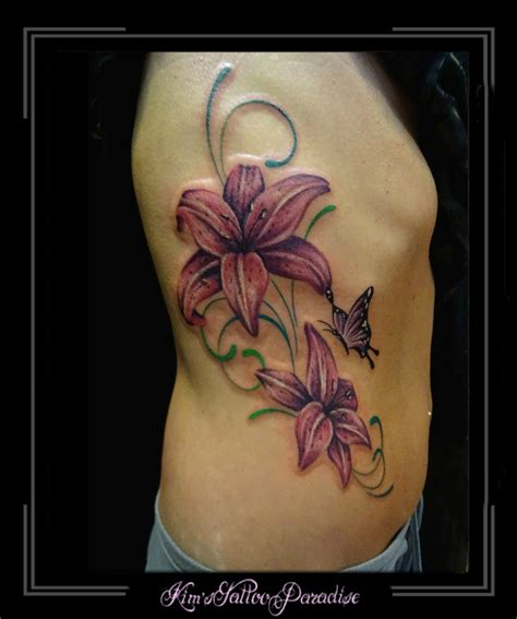 tattoo zijkant arm flowers kim s tattoo paradise