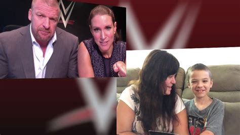 stephanie mcmahon asks triple h to sign the annulment triple h and stephanie mcmahon deliver a special message