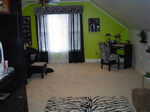 green accent wall bedroom best 25 lime green bedrooms ideas on pinterest lime