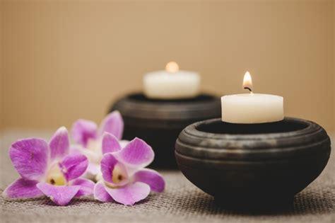 imagenes de rosas con velas velas y flores descargar fotos gratis
