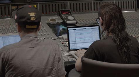 skrillex in the studio dog blood skrillex boys noize in the studio