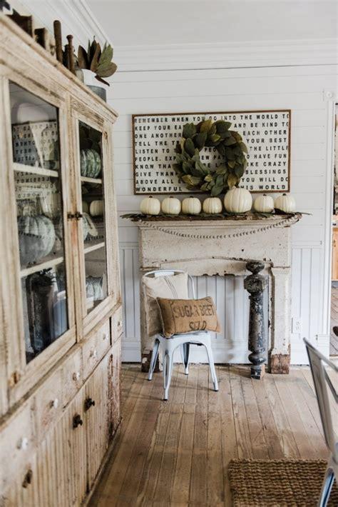 farmhouse blog simple rustic fall mantel liz marie blog