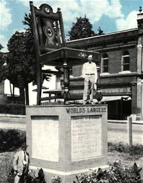 Big Chair In Thomasville Nc by World S Largest Chair The Battle Rages