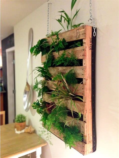 diy vertical planter ideas from recycled shipping pallet