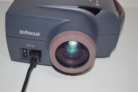 Projector Infocus Panasonic infocus lp725 lcd projector 276 l hours only premier equipment solutions inc