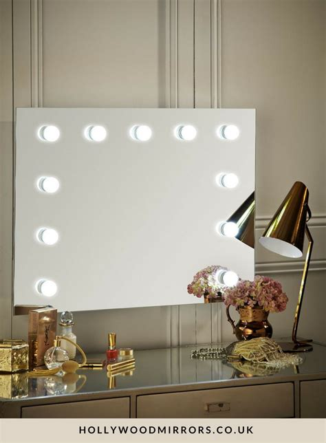 mirror with lights 25 best ideas about mirror on