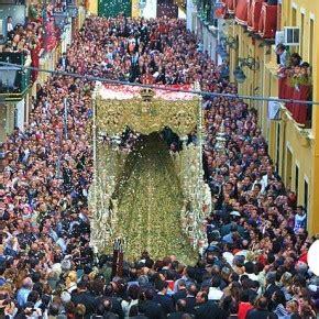 la multitud errante spanish b01lfv34k0 31 mejores im 225 genes de semana santa en tradiciones dia de muertos y espa 241 a