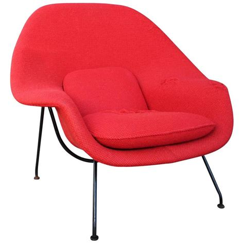 womb chair and ottoman eero saarinen womb chair and ottoman for knoll at 1stdibs