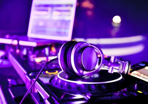 house music dj equipment dj equipment for beginners everything you ll need to