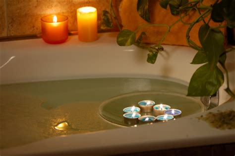 hot bathrooms health benefits and risks of hot baths detoxing in hot