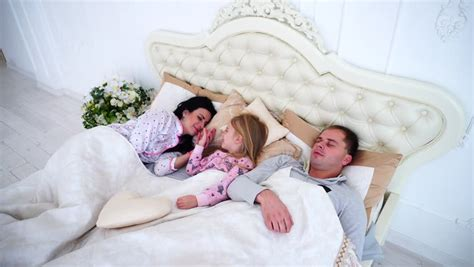 polygamist family sleeps in same bed polygamist family sleeps in same bed 28 images the
