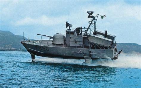 hydrofoil boat como hydrofoils google search hydrofoil pinterest