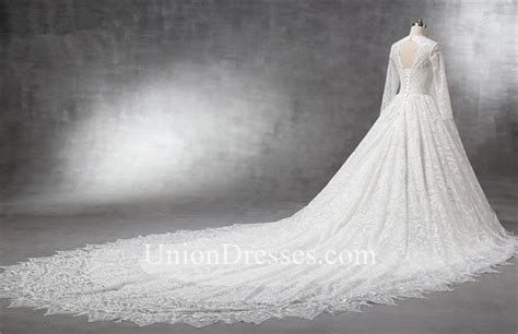 Cathedral Wedding Dress by Wedding Dresses With Cathedral Trains Wedding Ideas