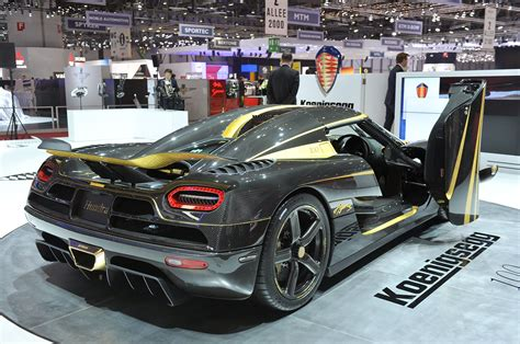 koenigsegg gold koenigsegg agera s hundra is a carbon fiber and gold leaf