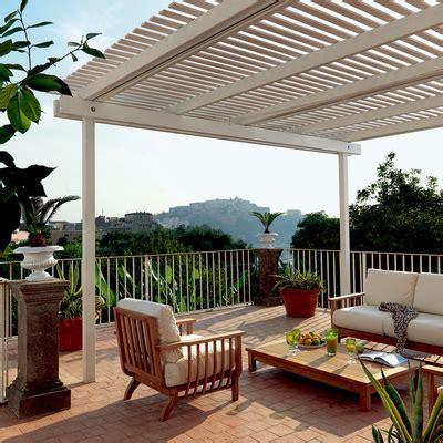 pergole per terrazzi pergolati in legno per terrazzi grigliati in legno su