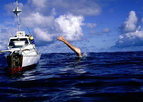 pedal boat across atlantic jason lewis
