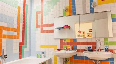 desain kamar warna warni desain warna warni kamar mandi untuk bangkitkan mood