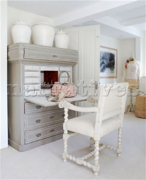 bd075 32 grey vanity unit and white painted chair in