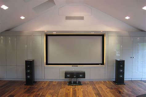 tv walls cinema rooms and tv wall bespoke case study definitive1