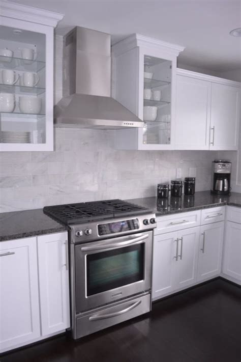 White And Grey Marble Countertops by 25 Best Ideas About Gray Granite Countertops On