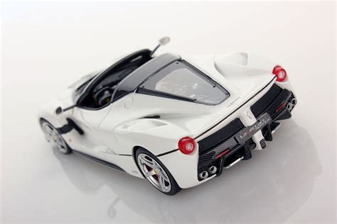 Lamborghini Diablo Bond Cars Series Limited Skala 143 laferrari aperta 1 43 looksmart models
