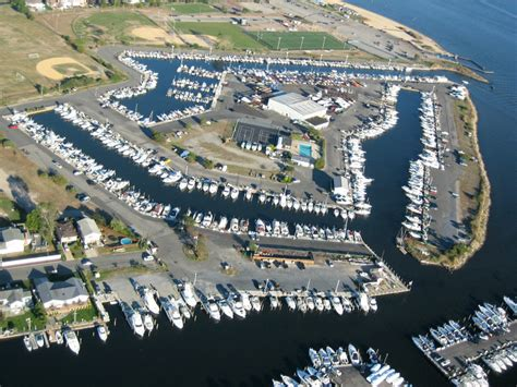 pre owned boats for sale long island long island marina boat sales dockage parts repairs
