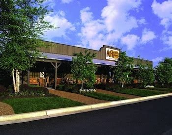 Cracker Barrel Background Check Did The Shutdown Hurt Cracker Barrel Restaurant Industry Insight And Analysis