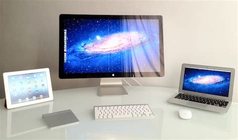 mac setups clean simple minimalist desk
