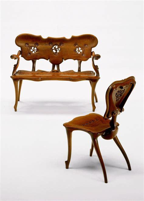 chairs designed  gaudi gaudi muebles  modernismo