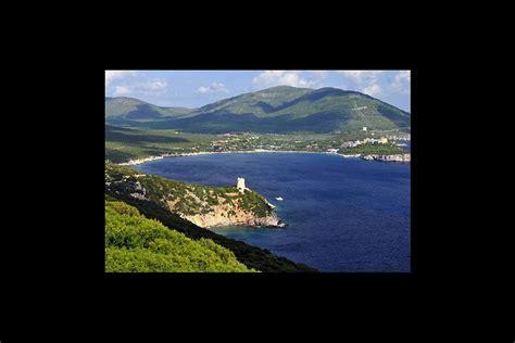 baia di porto conte la baia di porto conte sardegna italia