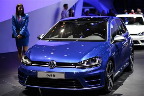 Vw R Autotrader by 2017 Volkswagen Golf R New Car Review Autotrader Autos Post