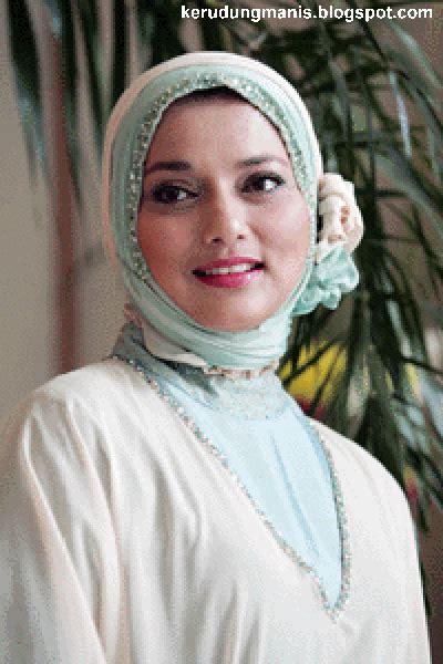 Jilbab Cantik koleksi wallpapers cantik