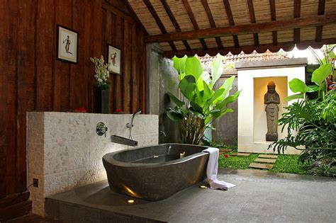 Outdoor Bathtubs Ideas 23 Amazing Inspirations That Take The Bathroom Outdoors
