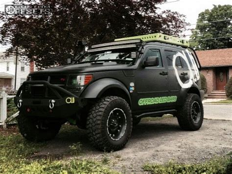 dodge nitro tires wheel offset 2011 dodge nitro aggressive 1 outside fender