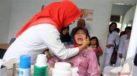 Biaya Pemutihan Gigi Ke Dokter jangan salah meski tarif murah cabut gigi di puskesmas ternyata berkualitas kursrupiah net