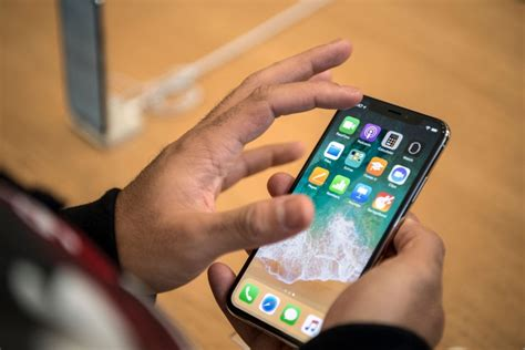 apple qualcomm qualcomm sues apple over infringement of chip software