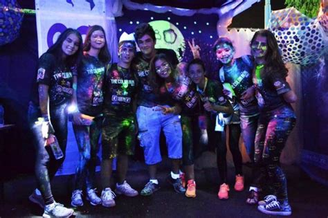 glow in the color run glow with grow at the color run grow
